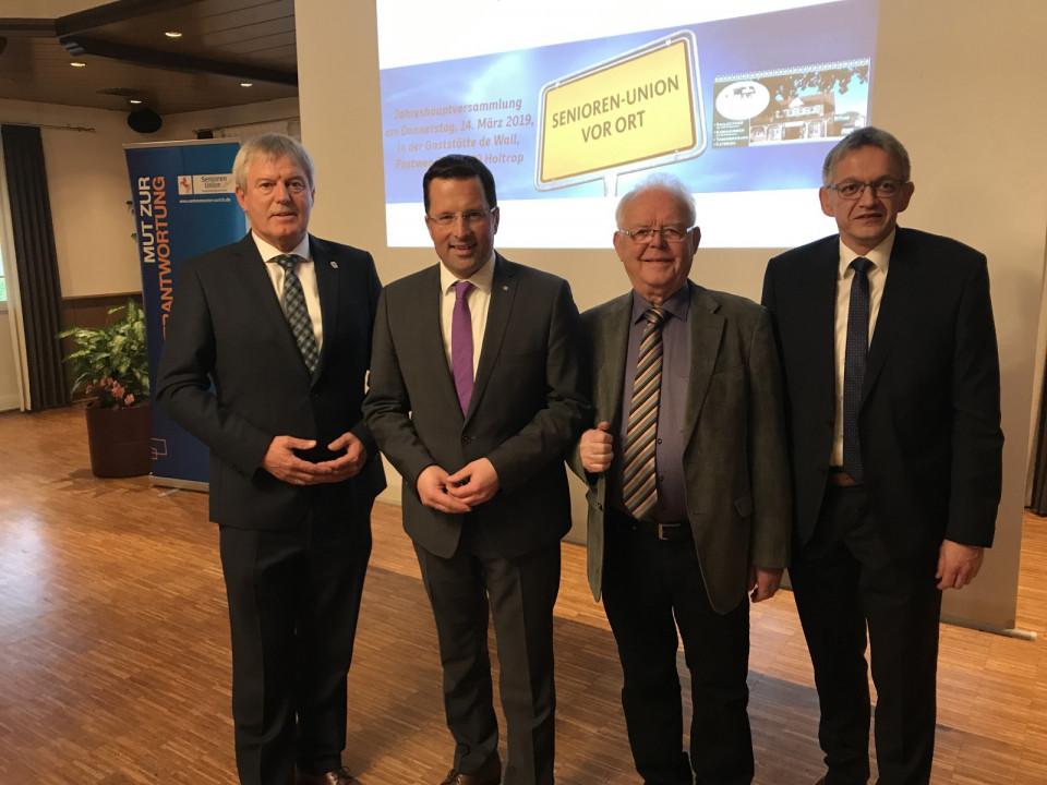 von links: Hardwig Kuiper, Kai Seefried MdL, Gerd Samuels und Olaf Meinen